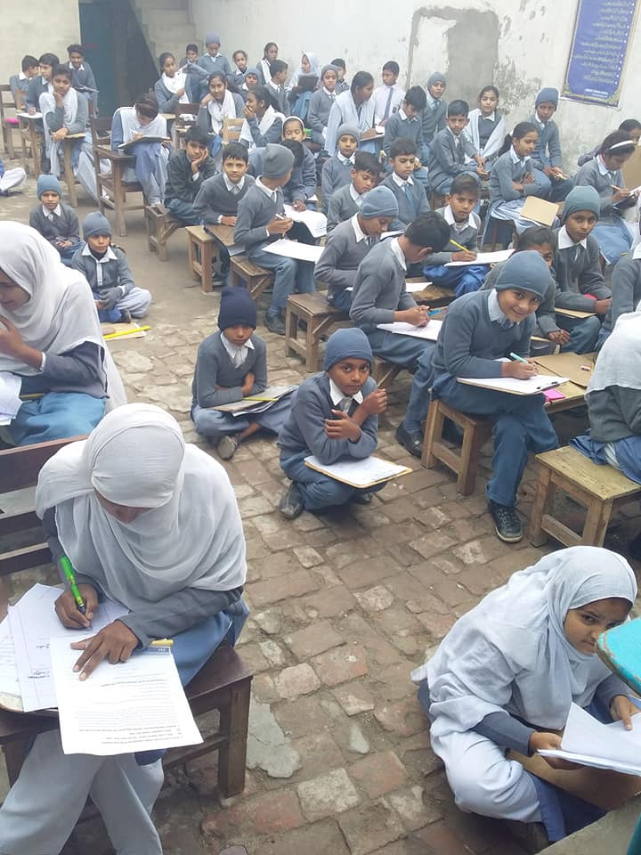 students are taking an exam